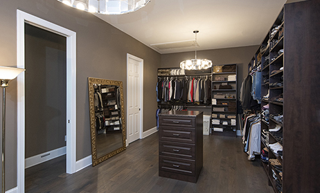 Walk-In Closet Home Plans